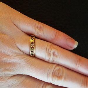 Avon Jewelry - Avon ring- size 7